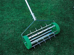 gardening-tools-aeration-yard-maintenance-8